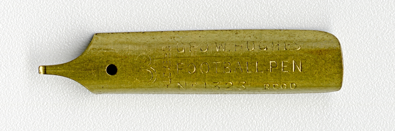 GEO.W.HUGHES FOOTBALL PAN 3 BREADTH Regd №1323